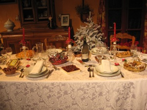 French Christmas dinner table, Hotel de Ville, Avignon