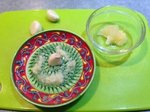 Groovy garlic grater