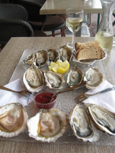Lunch, shucked to order, St Tropez