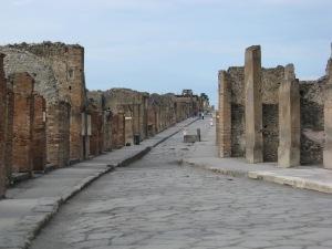 Grand thoroughfare, Pompeii